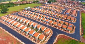 CDHU entrega novo conjunto habitacional em Piraju