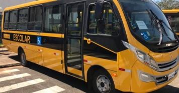 Piraju recebe ônibus para o transporte escolar.