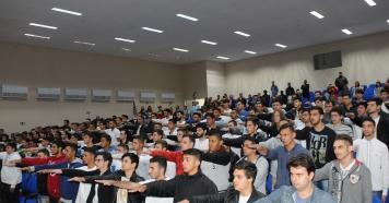 Jovens pirajuenses recebem certificados de Dispensa Militar