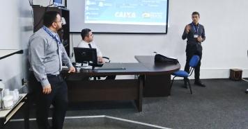 Representantes da Caixa explicam vantagens do LED a vereadores
